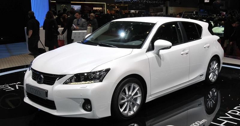 lexus CT 200h best hybrid cars