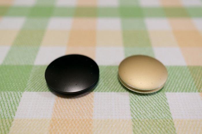 black and sand misfit shine discs