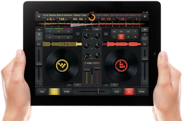 Cross DJ app on iPad